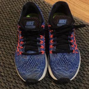 Nike Zoom Pegasus 32 size 6